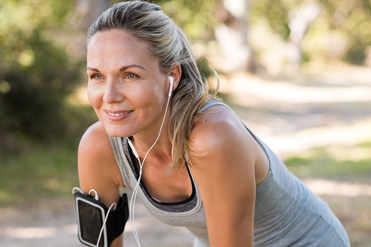 Te proponemos 5 consejos sencillos para cuidar tu piel durante la menopausia
